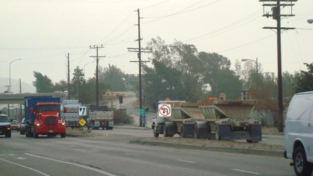 SF E2 Tux Trucks Fwy