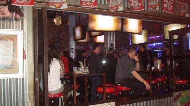 Hlwd Bars 1 Rd St