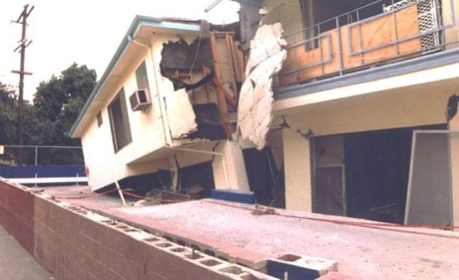Photo of building damaged in earthquake from LADBS web site.
