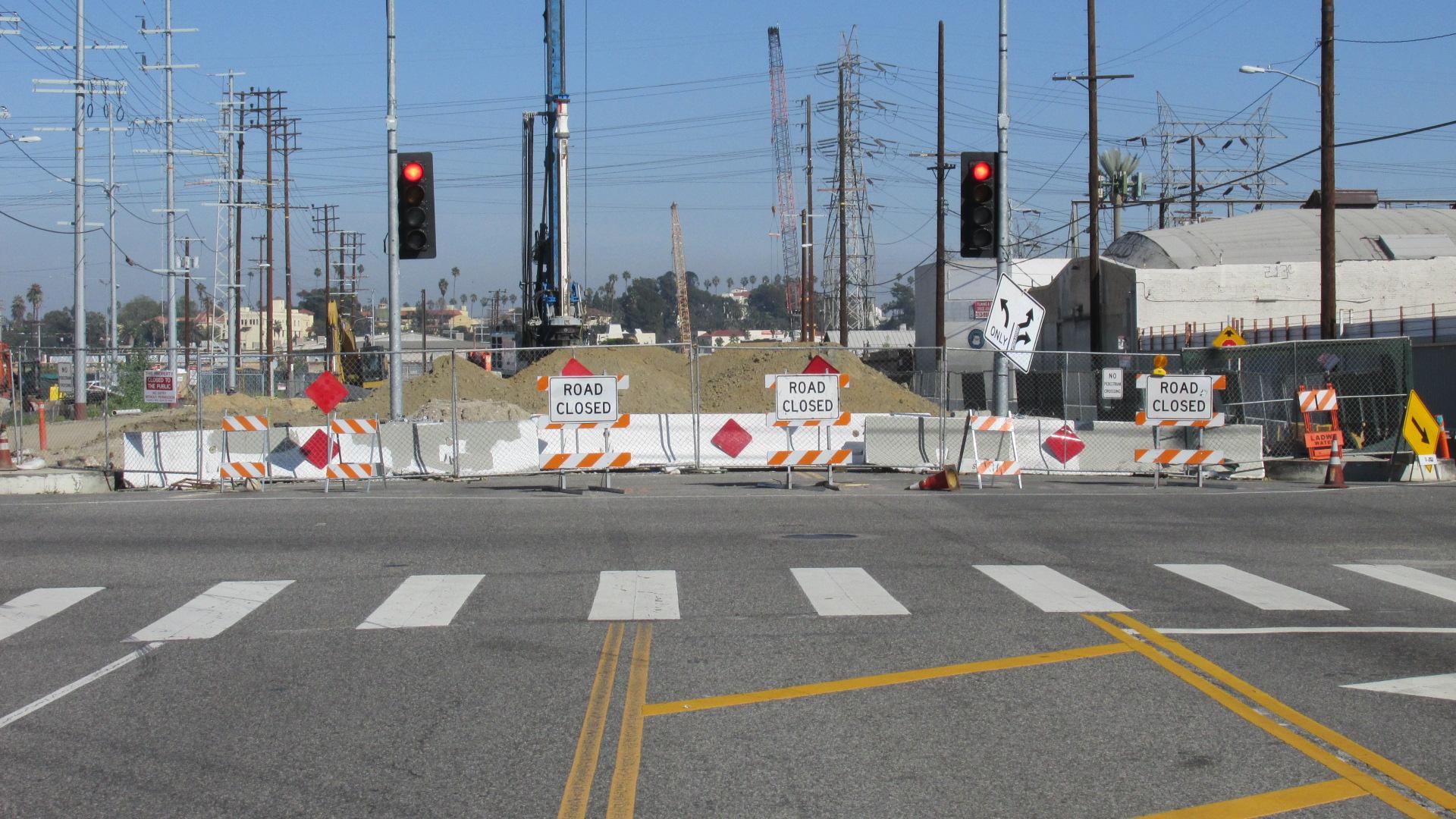 B6 1703 05 Road Closed