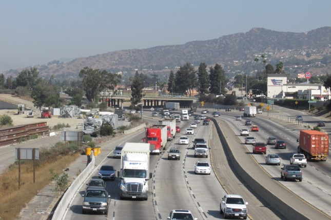 Emp 12 Fwy Bridge Trucks