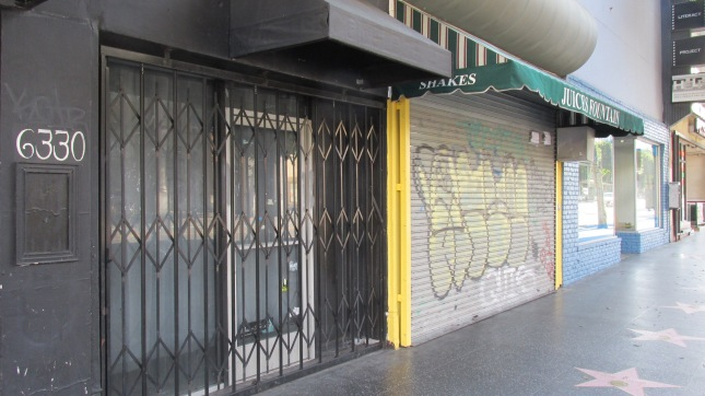 C19 Hlwd Storefronts Closed
